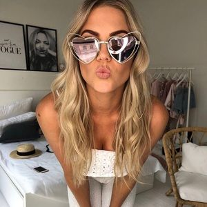 Accessories - VALENTINE Mirrored Sunnies